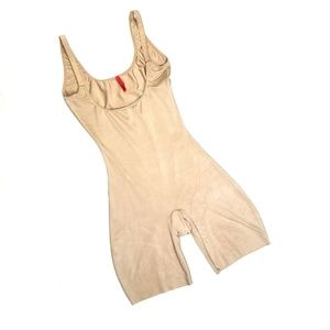 Spanx Natural Nude Open Bust Mid Thigh Shaper